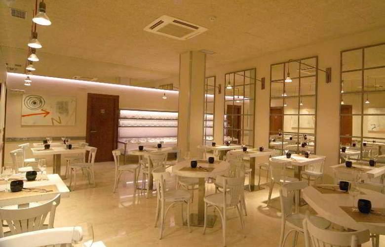 Pamplona Plaza - Restaurant - 6