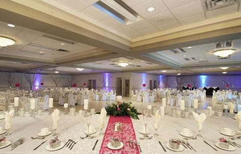 Best Western Brant Park Inn & Conference Centre - Hotel - 3