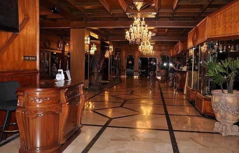 Best Western Plaza - Hotel - 44