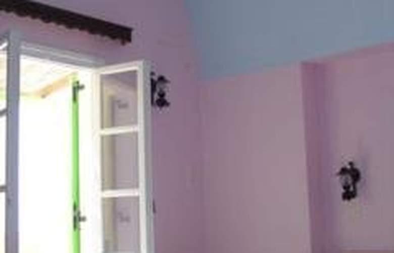 Charlina - Room - 1