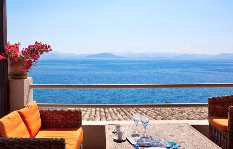 Aeolos Beach Resort - Terrace - 9