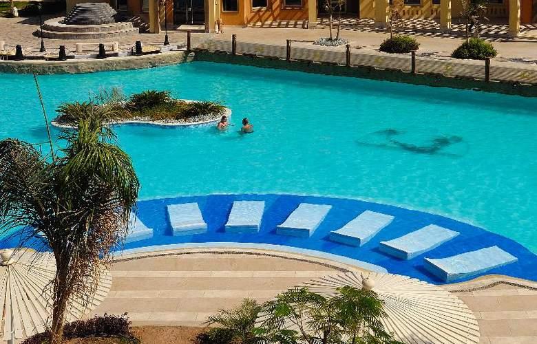 Grand Plaza Resort - Pool - 12