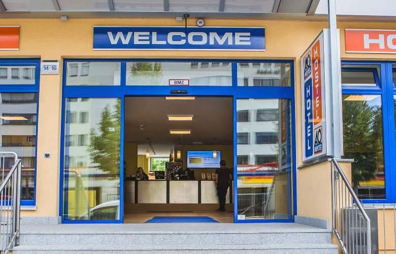 A&O Stuttgart City - Hotel - 0