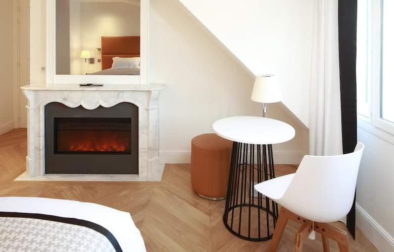 R de Paris - Room - 1