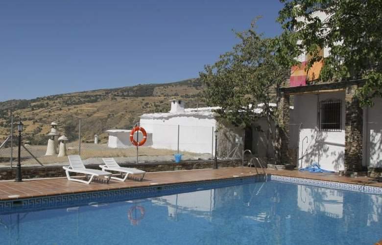 Hostal Poqueira - Pool - 10