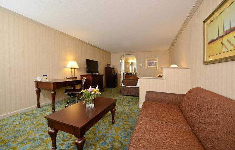 Best Western Plus Executive Suites - Hotel - 24