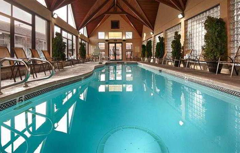 Best Western Town & Country Inn - Hotel - 72