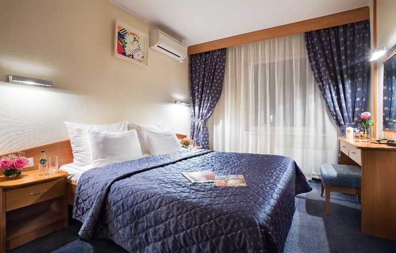 Izmailovo Vega Hotel and Convention Center - Room - 8