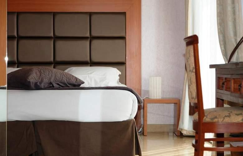 Clarion Suites Cannes Croisette - Room - 9