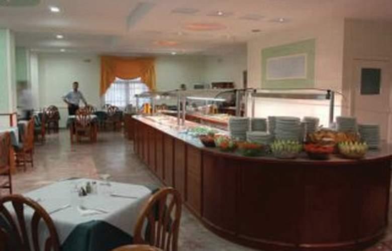 Gemini Hotel - Restaurant - 8