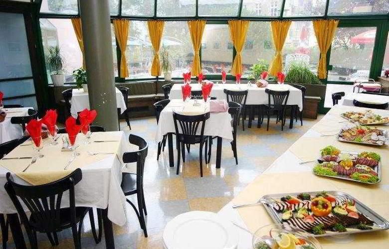 Corvin - Restaurant - 7