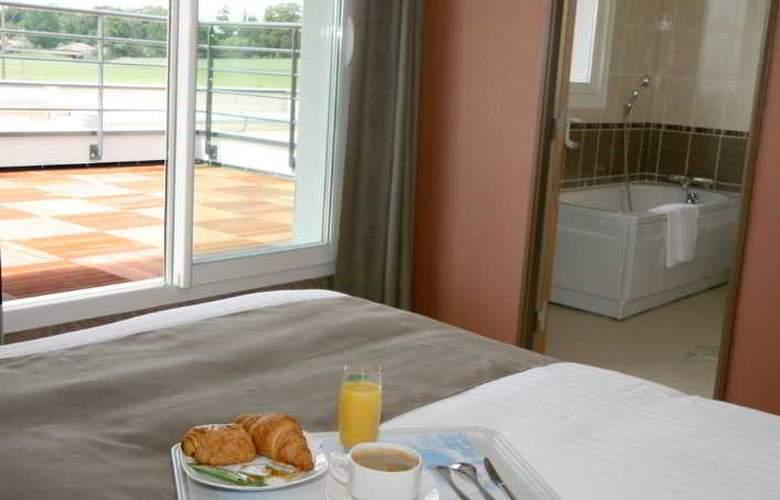 Hôtel du Parc Fougeres - Hotel - 10
