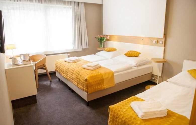 Golf Hotel - Room - 4