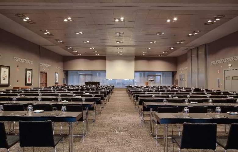 Rafaelhoteles Madrid Norte - Conference - 37