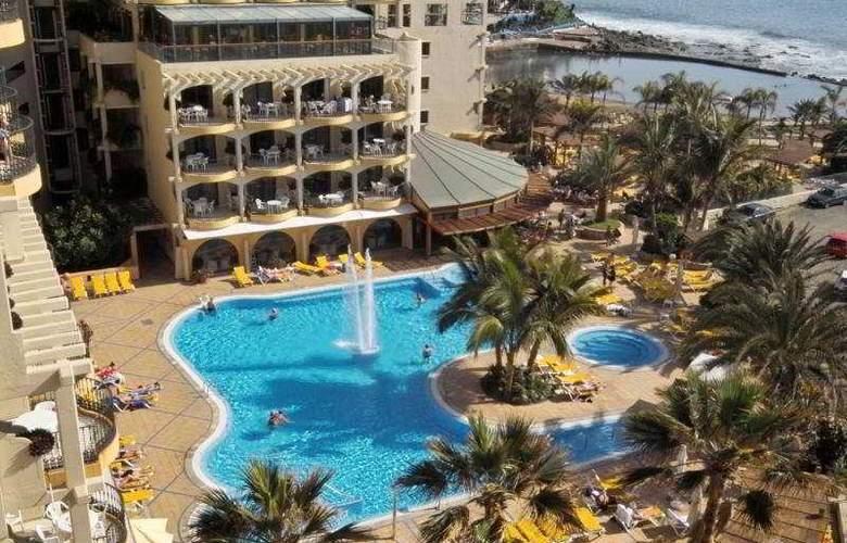 Dorado Beach Aparthotel - Pool - 2