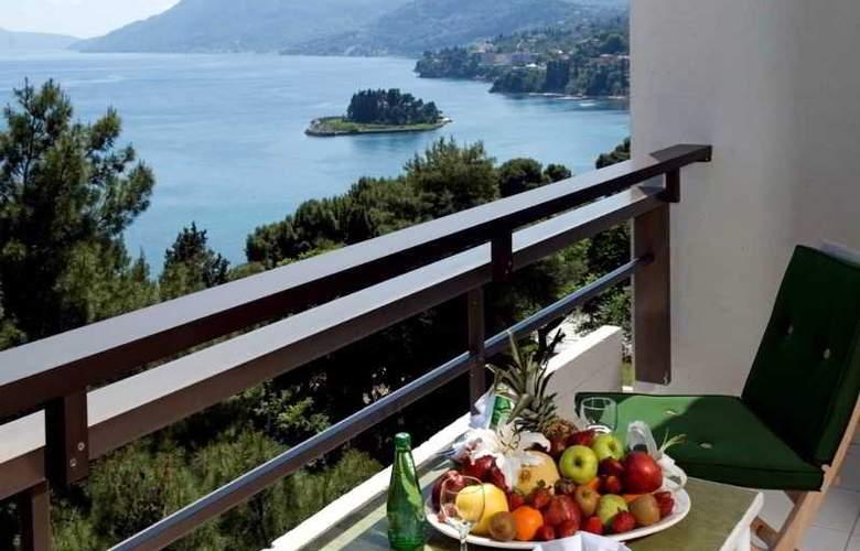 Corfu Holiday Palace - Terrace - 41