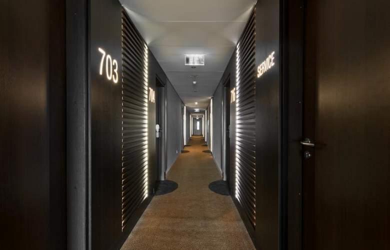 Holiday Inn Vilnius - Hotel - 5