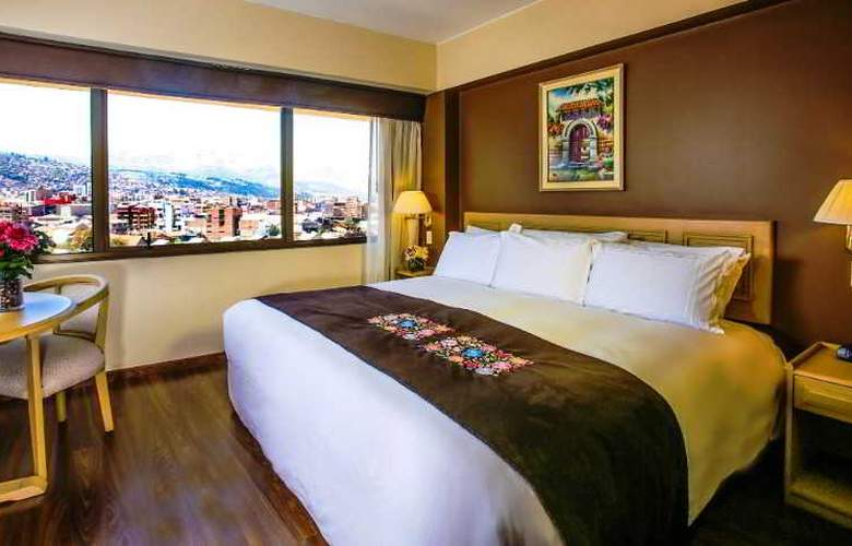 Jose Antonio Cusco - Room - 4