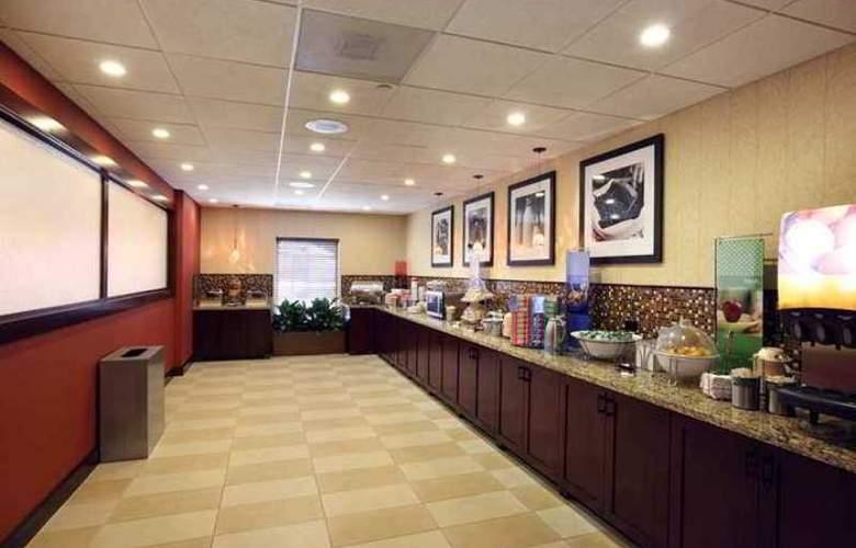 Hampton Inn & Suites Charlottesville-At The University - Hotel - 5