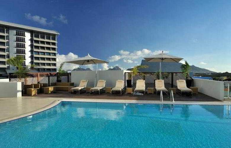 Hennessy Park Hotel - Pool - 5