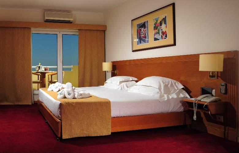 Vila Gale Estoril - Room - 3