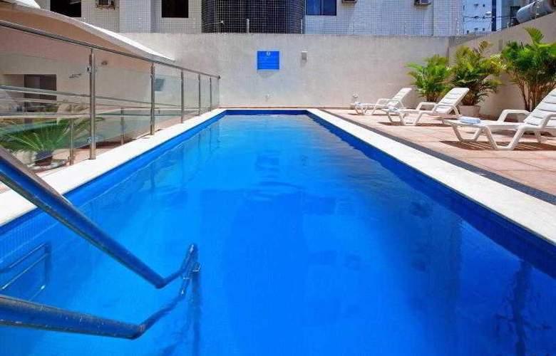 Holiday Inn Express Natal Ponta Negra - Pool - 18