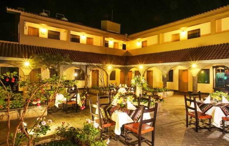 Jose Antonio Cusco - Restaurant - 9