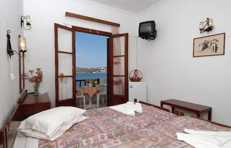 Asterias Hotel  - Room - 5