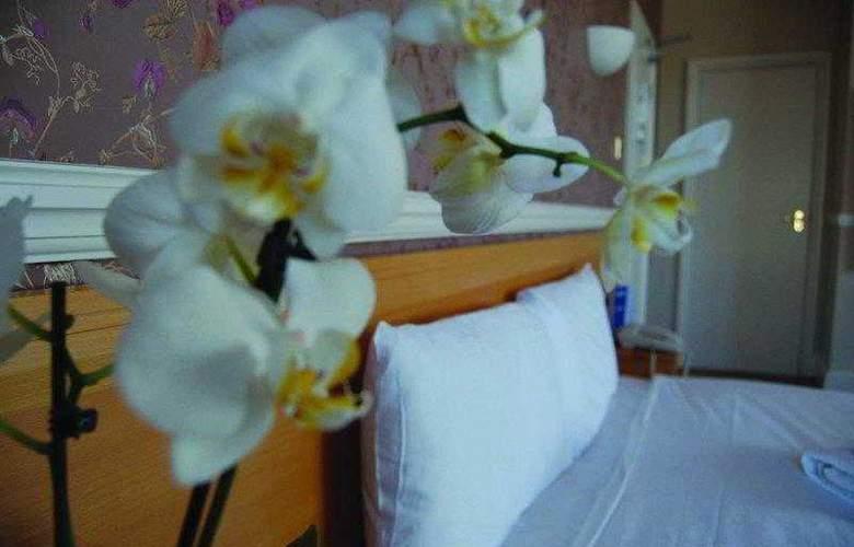 The Brighton Hotel - Hotel - 3