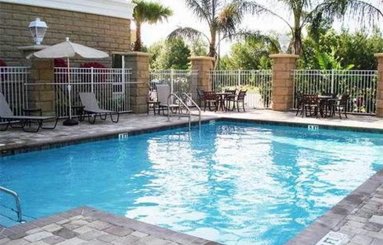 Holiday Inn Daytona Beach LPGA - Pool - 4