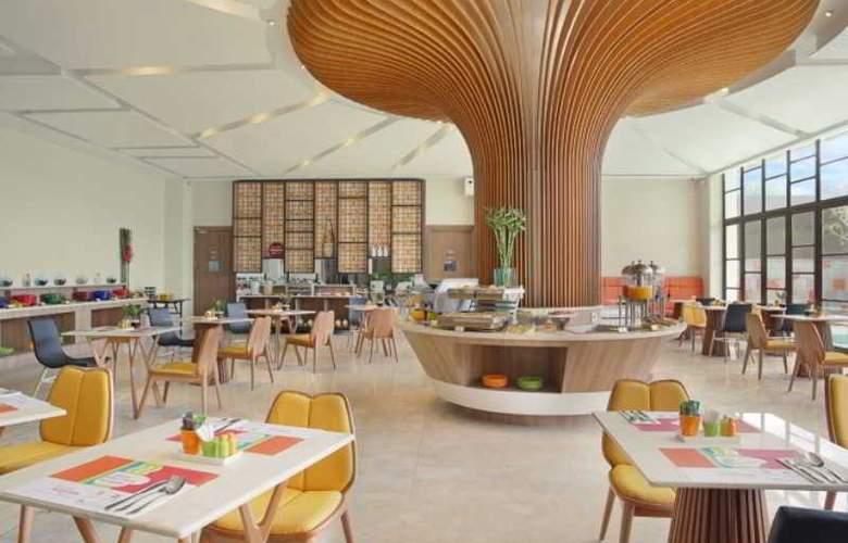 Ibis Styles Bali Kuta Legian - Restaurant - 2