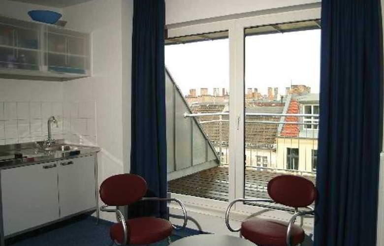 Hotel 103 - Room - 3