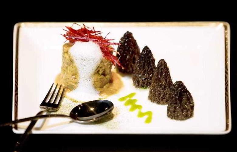 Le Meridien New Delhi - Restaurant - 22