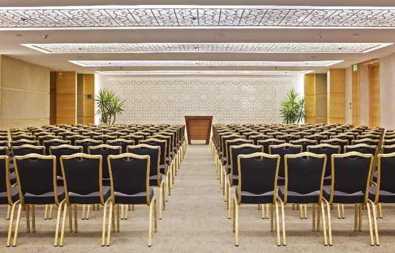 Hilton Luxor Hotel & Spa - Conference - 16