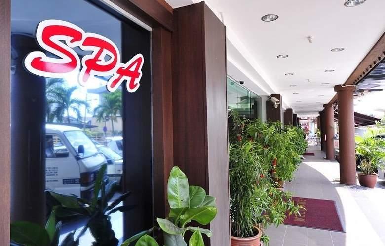 Hallmark Leisure Hotel - Sport - 4