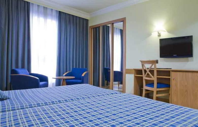 II Castillas Madrid - Room - 18
