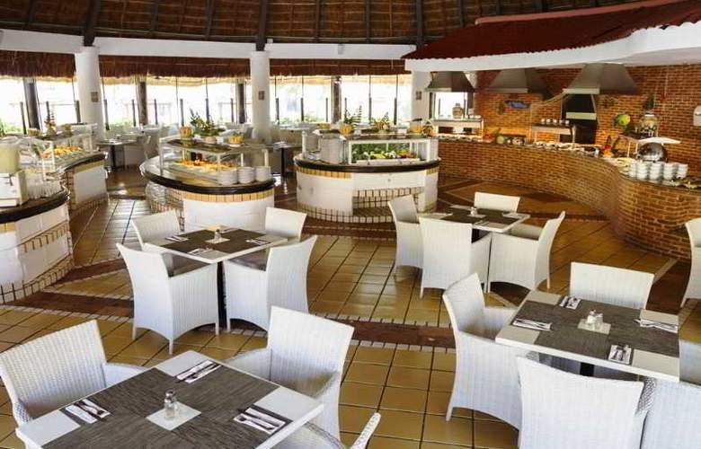 Sandos Playacar Beach Experience Resort - Restaurant - 22