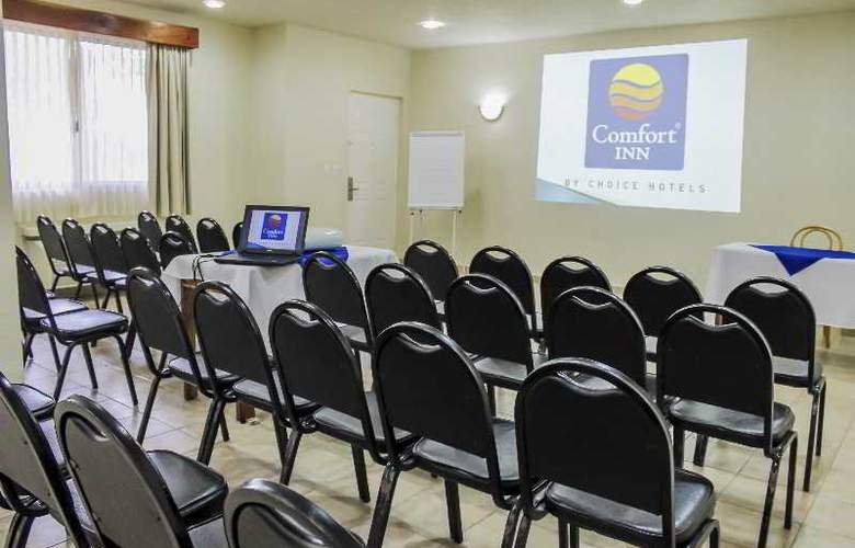 Comfort Inn Tampico - Conference - 37