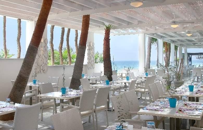 Grand Resort - Restaurant - 11