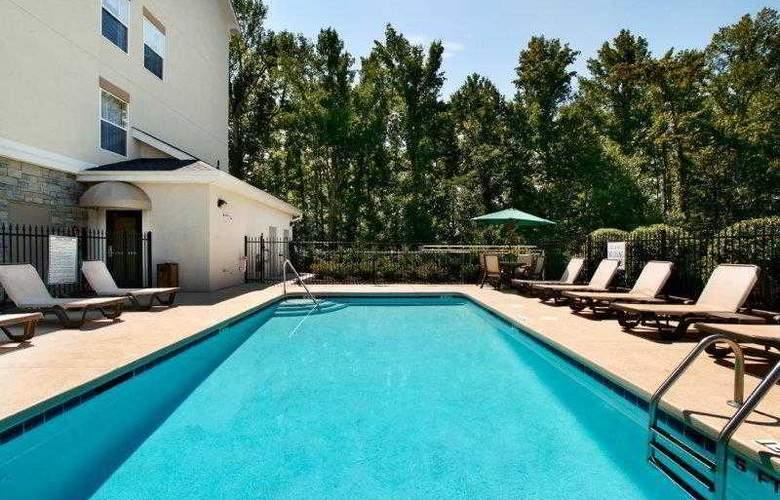 Best Western Plus Piedmont Inn & Suites - Hotel - 21