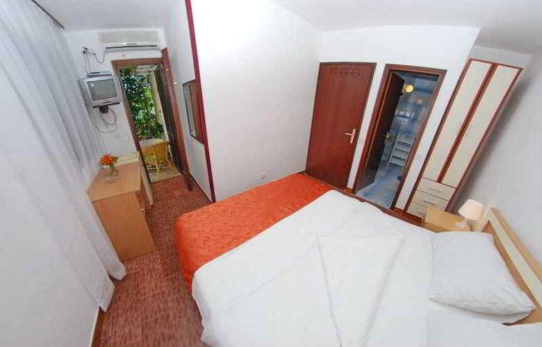 Elena Guest House - Room - 4