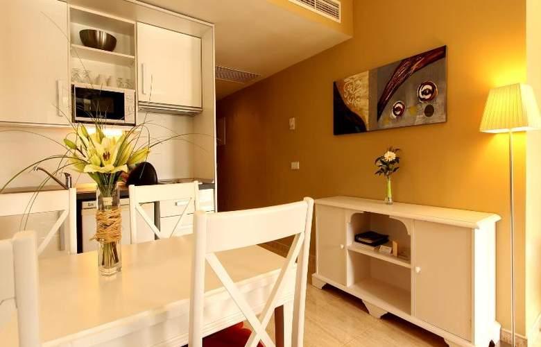 La Pergola Aparthotel - Room - 17