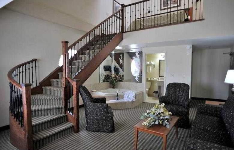 Monte Carlo Inn Barrie Suites - Room - 4