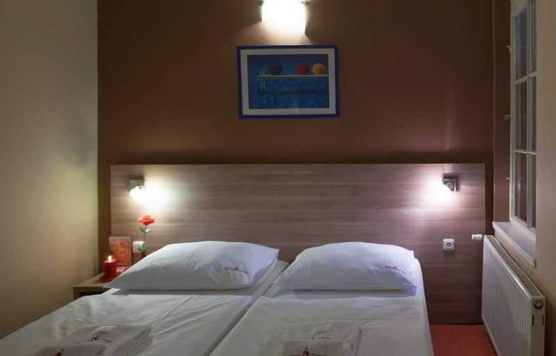 Otakar - Room - 2
