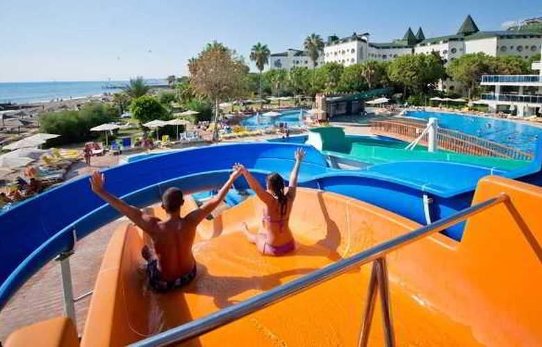 MC Beach Park Resort Hotel & Spa - Pool - 13