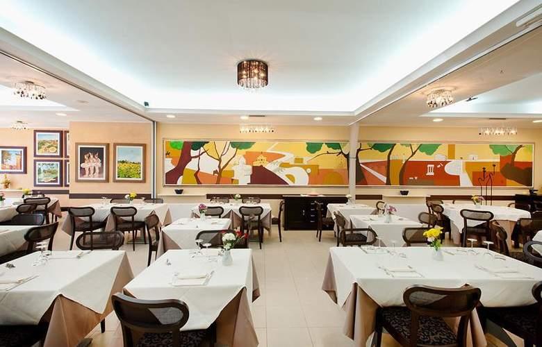Best Western Blu Hotel Roma - Restaurant - 103
