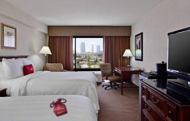 Beverly Hills Marriott - Room - 30