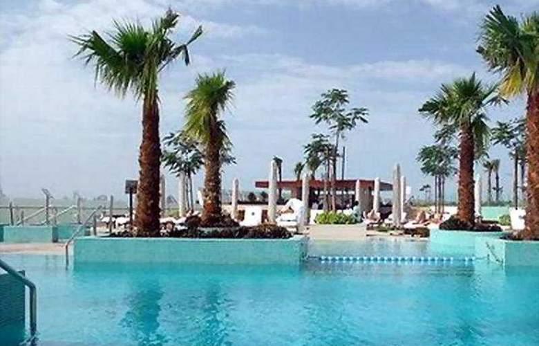 Crowne Plaza Dubai - Festival City - Pool - 4
