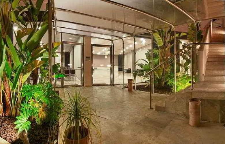 Basiliani Resort & Spa - Conference - 11