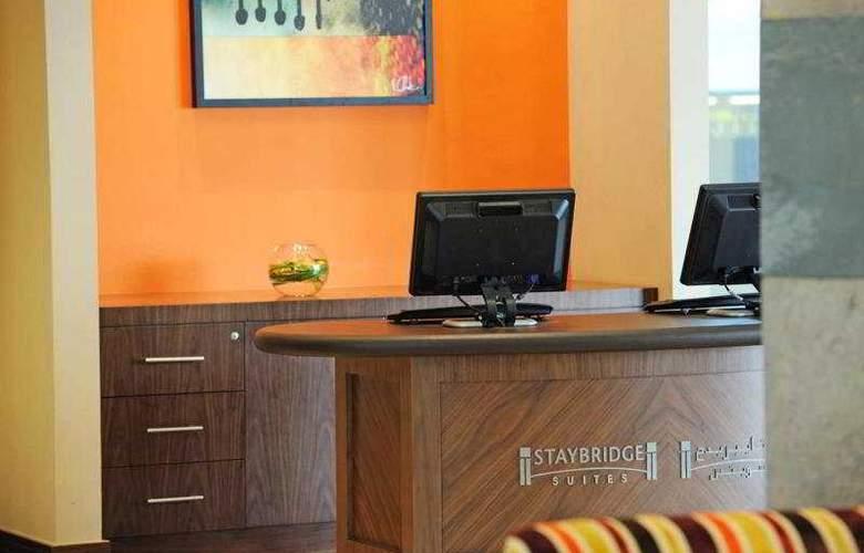 Staybridge Suites - Hotel - 0